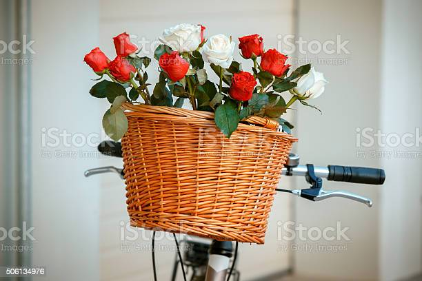Flowers in basket hanging at bicycle handlebars picture id506134976?b=1&k=6&m=506134976&s=612x612&h=maikoaj7y0nbywwbzl2 0v 10k 3nbfxj1xq3cxycna=