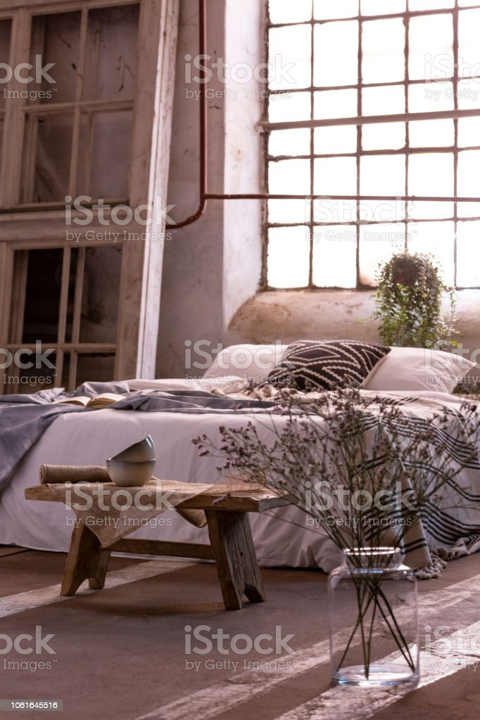Peachy Flowers Next To Wooden Bench In Bright Loft Bedroom Interior Camellatalisay Diy Chair Ideas Camellatalisaycom