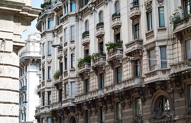 flowery facade in italy - hotel mailand stock-fotos und bilder
