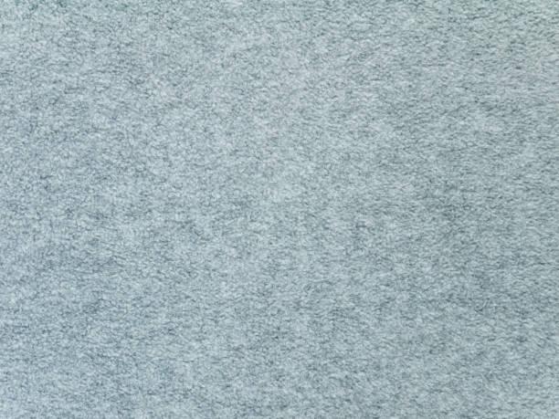 flauschige heidekraut grauen fleece pullover stoff textur - fleecepullover stock-fotos und bilder