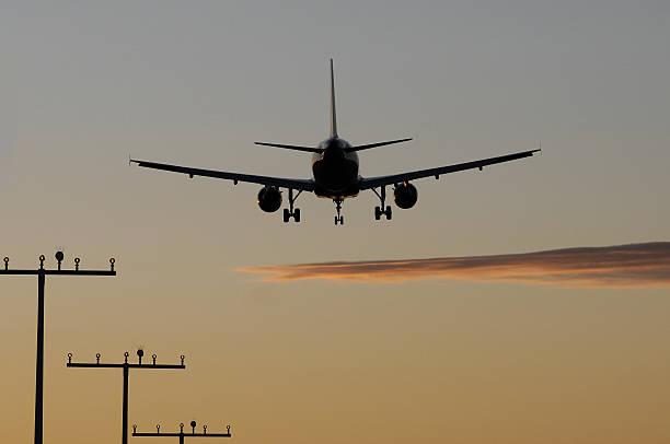 flugzeug - luchthaven frankfurt am main stockfoto's en -beelden