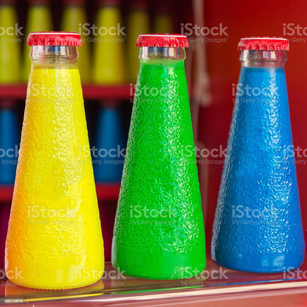 Bunten Fluoreszierenden Aperitif Flasche Getränke Stockfoto ...