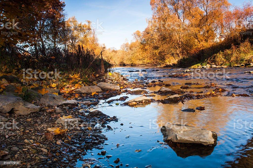 Fluss im Herbst stock photo