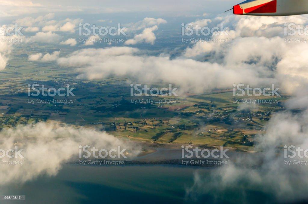Flyger över molnen, Visa från flygplan - Royaltyfri Atmosfär - Evenemang Bildbanksbilder