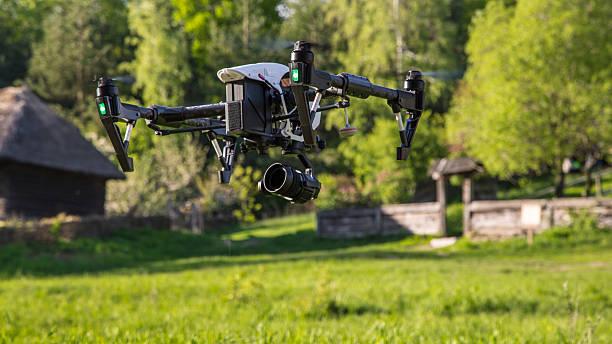 Fliegend Hintergrundgeräusche ist Filmen auf dem Lande – Foto
