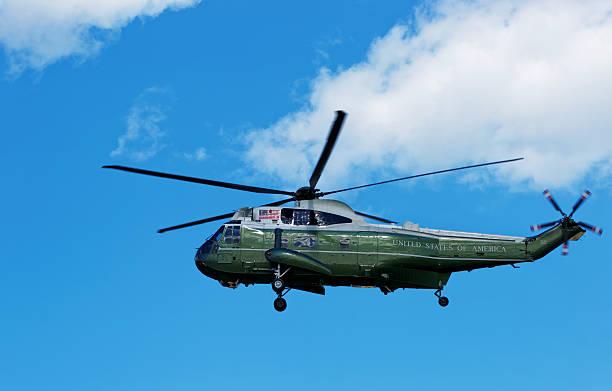 flying helicopter in a sky in washington dc - кандидат на пост президента стоковые фото и изображения