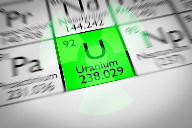 Fokus auf radioaktive grün Uran Chemische Element – Foto