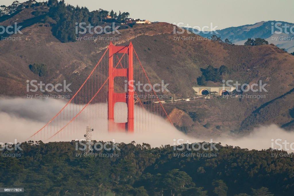Fog on the Golden Gate bridge zbiór zdjęć royalty-free