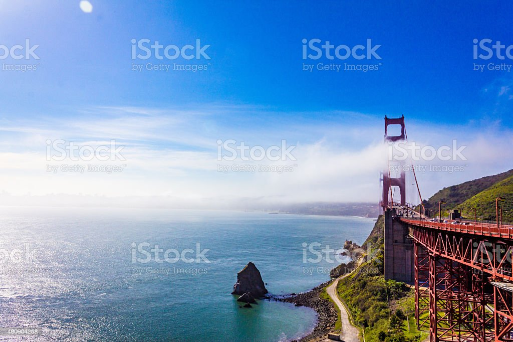 Niebla sobre el puente Golden Gate, San Francisco. - foto de stock