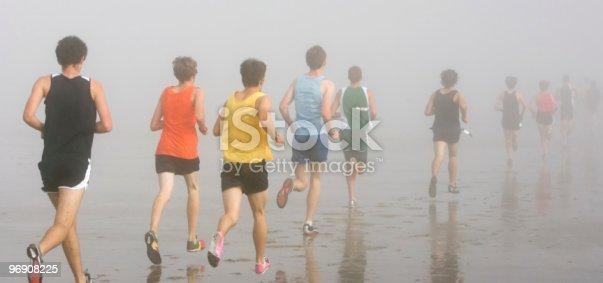 976685710 istock photo Foggy Beach Run 96908225