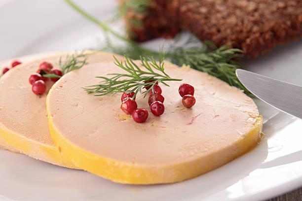 foie gras et poivre - foie gras photos et images de collection