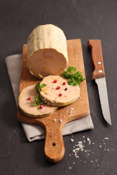 foie gras à bord - foie gras photos et images de collection