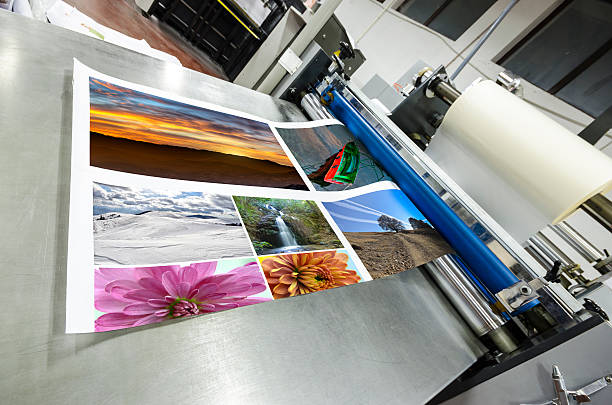 Foil roll laminator machine offset machine roll foil laminator printing plant stock pictures, royalty-free photos & images