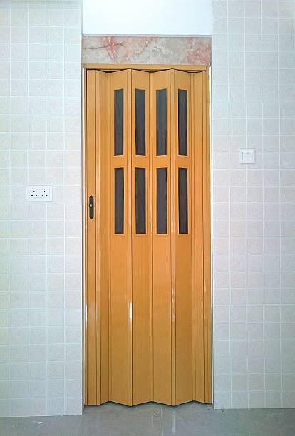 foldable door - zusammenklappbar stock-fotos und bilder