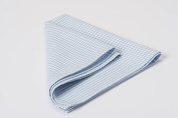 складные гингем хлопок napkin на белом фоне - rbg стоковые фото и изображения