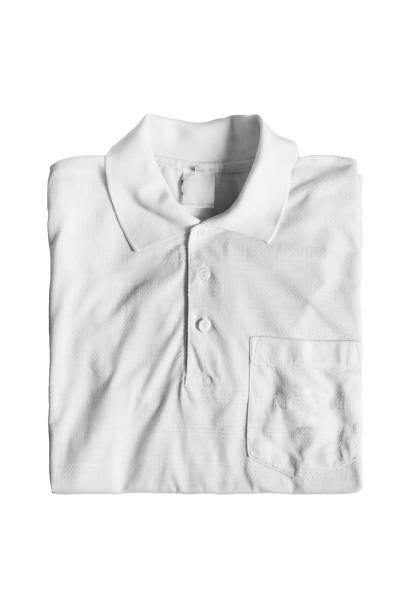 Camisa dobrada isolada - foto de acervo