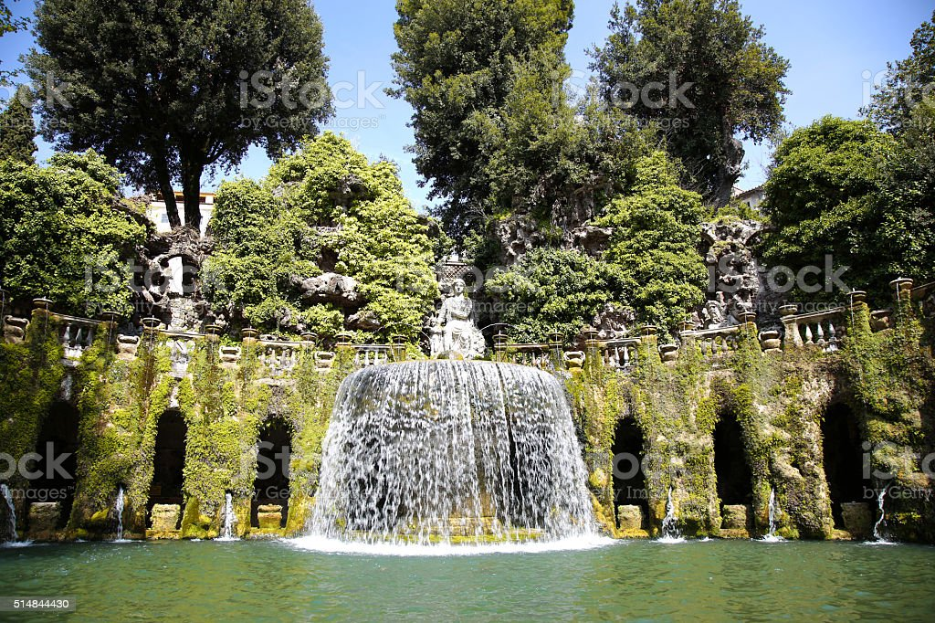Fontane Brunnen.Fontana Dellovato Villa Deste Brunnen Und Garten In Tivoli N