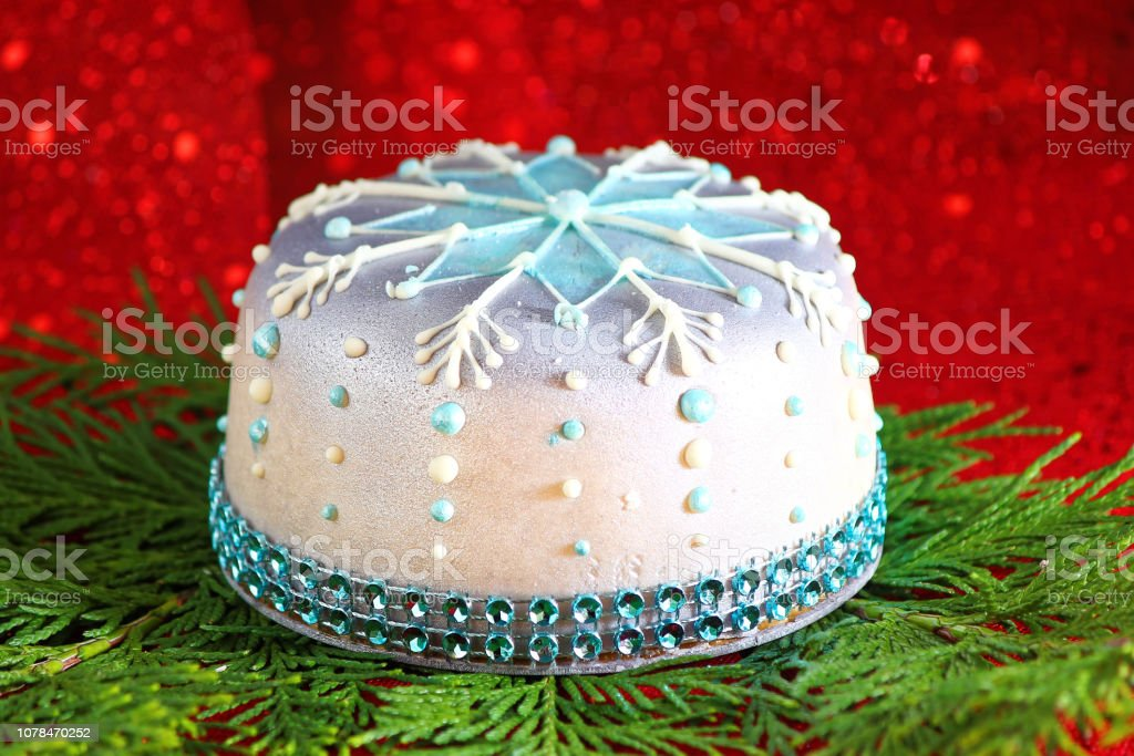 Surprising Food And Drink Birthday Cake Stock Photo Download Image Now Istock Personalised Birthday Cards Paralily Jamesorg