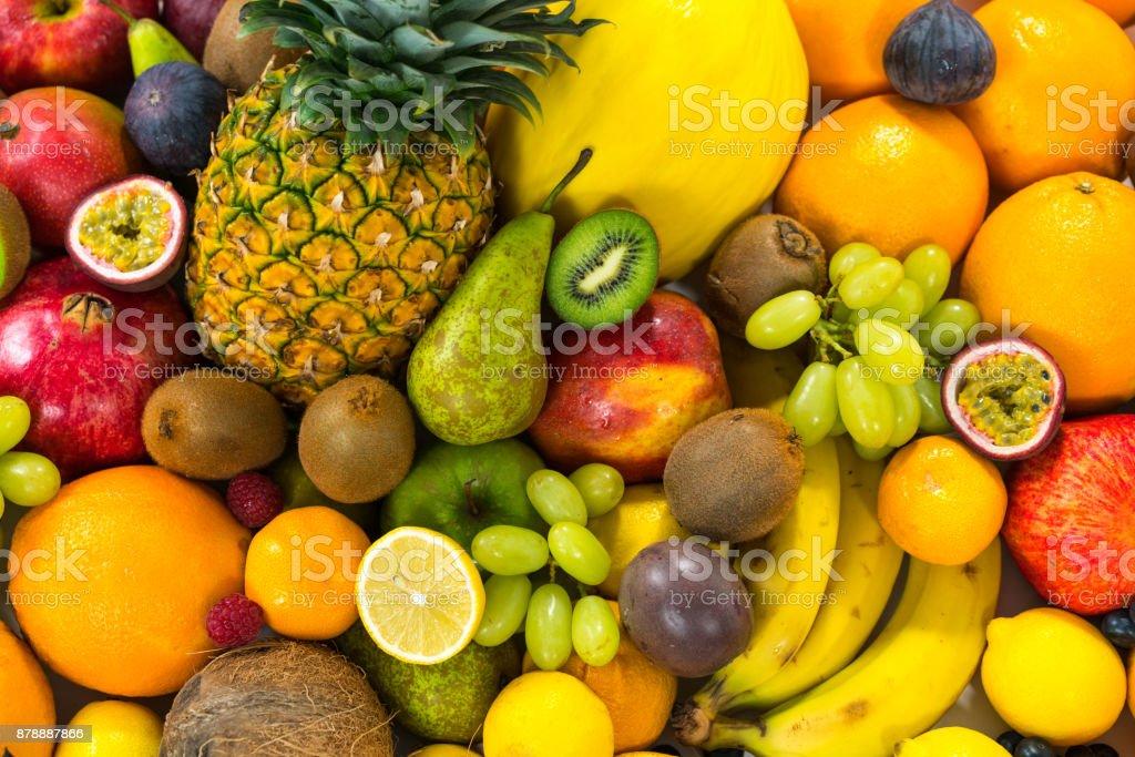 食品の背景 - 様々 な健康的な有機果物 ストックフォト