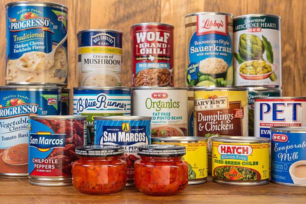 푸드뱅크 기부 - 통조림 식품 뉴스 사진 이미지