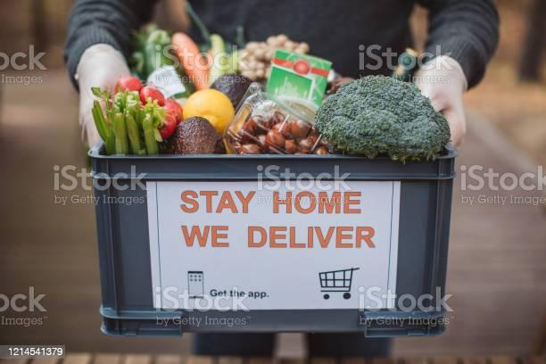 Food Delivering - Fotografie stock e altre immagini di Acquisti a domicilio