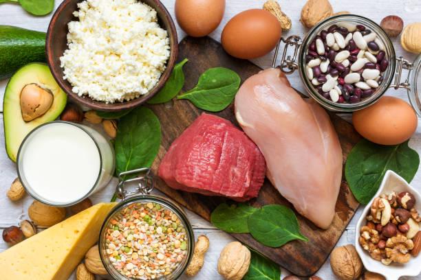 żywność o wysokiej zawartości białka. koncepcja zdrowego odżywiania i diety. - białko zdjęcia i obrazy z banku zdjęć