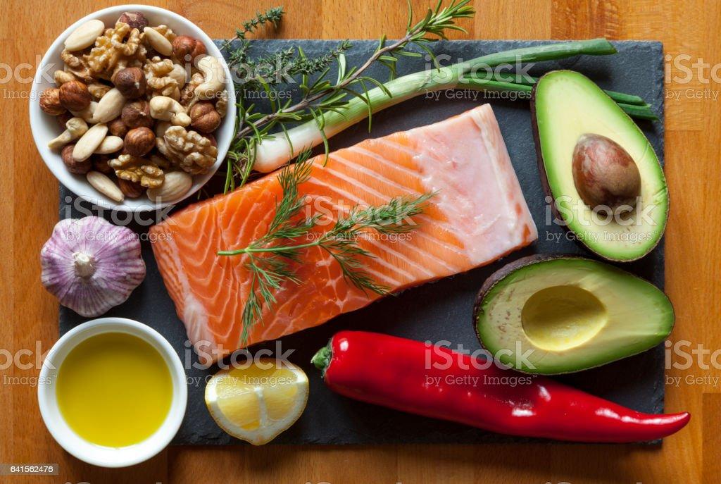 Itens de alimentos ricos em gorduras saudáveis - foto de acervo