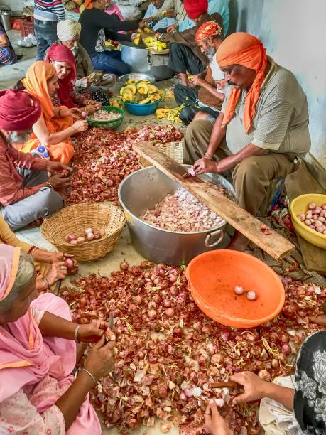 Zubereitung von Speisen In einem Sikh Langar – Foto