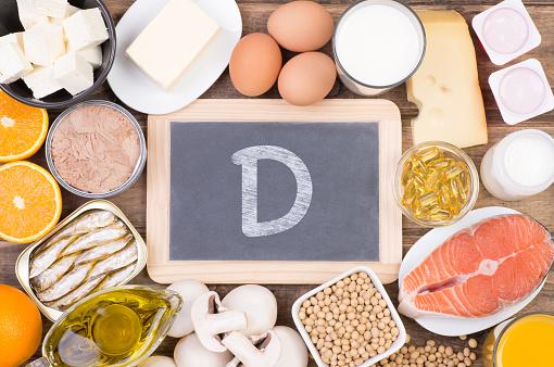 Food Rich In Vitamine D - Fotografie stock e altre immagini di Alimentazione sana