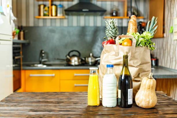 essen, shopping, nützlich, supermarkt, auslieferung, kochen, obst - kürbis kaufen stock-fotos und bilder