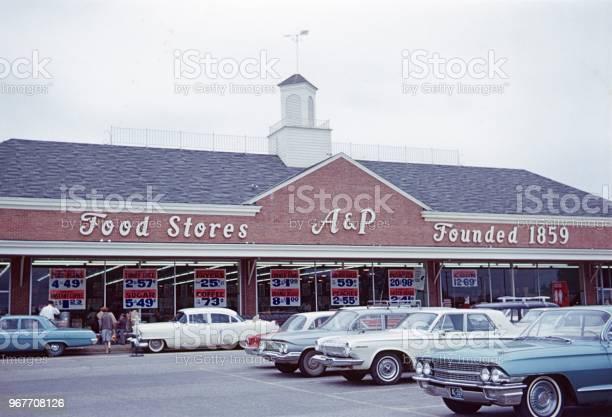 Food store in washington dc picture id967708126?b=1&k=6&m=967708126&s=612x612&h=49jijqv eb1fbtqvsx0b4ggc26o5dpowezaewumbvr8=