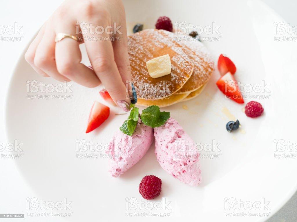 Food Stylist kreative Kunst ausgefallenen dessert – Foto