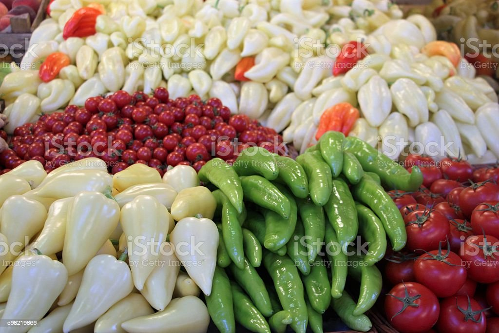food- vegetables in the market in budapest foto royalty-free