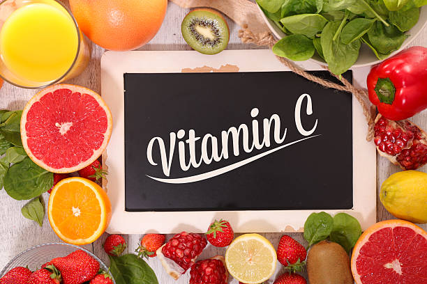 food with vitamin c - vitamine c stockfoto's en -beelden