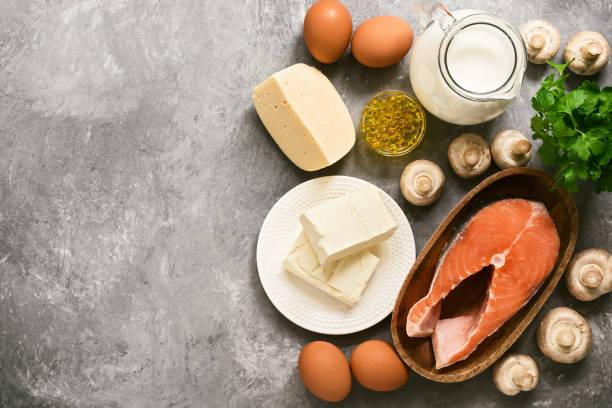 d vitamini içeren yiyecekler. d vitamini açısından zengin bir ürün seti. - vitamin d stok fotoğraflar ve resimler
