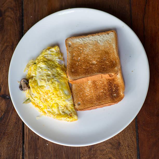 Food_egg_omlette_toast – Foto