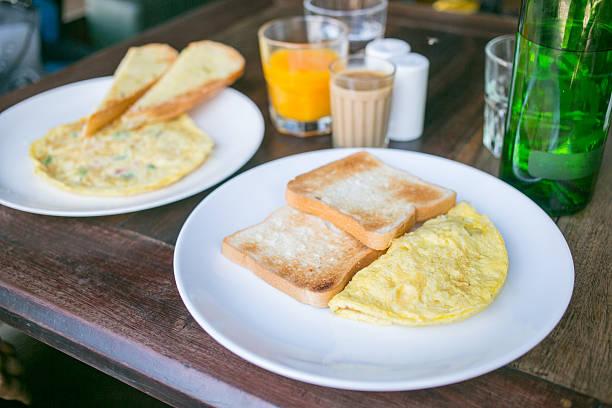 Food_omlette_toast – Foto