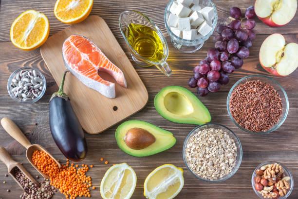 alimentos que proporcionan dieta baja en colesterol - colesterol fotografías e imágenes de stock