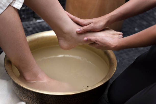 Fußwaschung im Spa vor der Behandlung – Foto