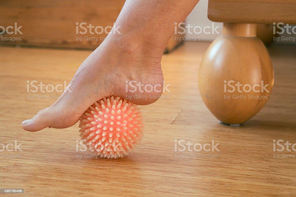 Fuß mit massage-ball – Foto