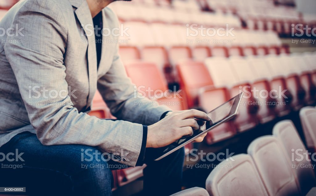 Footbal manager on the stands – Foto