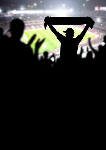 fußball-fans oder fußball menge hintergrund. silhouette menschen im stadion ansehen, spiel und sieg. - fußball poster stock-fotos und bilder