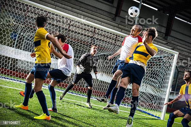 Football match in stadium header picture id187104821?b=1&k=6&m=187104821&s=612x612&h=f3wofn46gynea3fbzin8v6eonj9jwuyfraejkgx5fc4=
