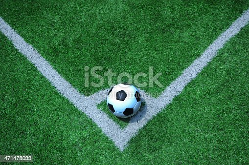 185262834 istock photo football 471478033