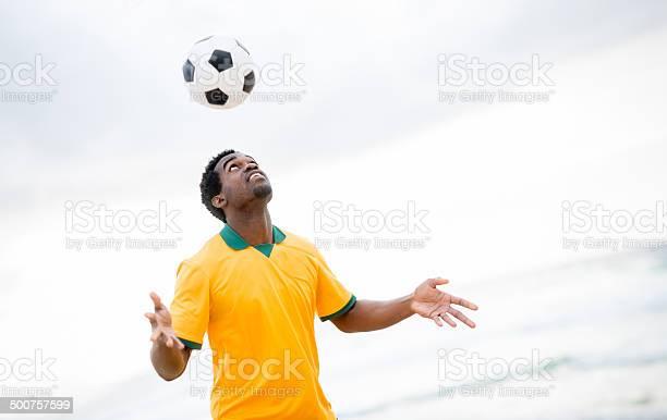 Football player picture id500757599?b=1&k=6&m=500757599&s=612x612&h=cpjtwzwentf sqidefbjq0 w9ox xoti9lvfywibuey=