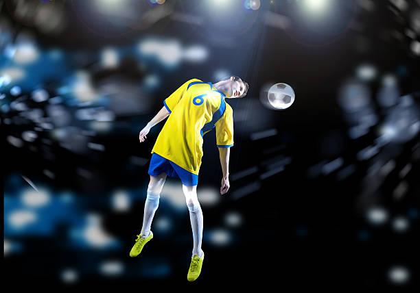 Football player picture id524862035?b=1&k=6&m=524862035&s=612x612&w=0&h= xdfc zt nxrli0pheo5joowzppoomxcv5ttquurwp0=