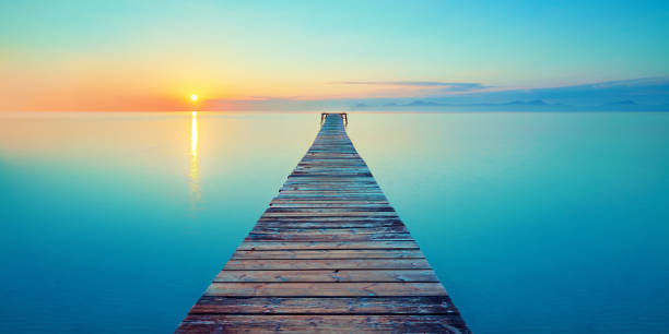 Footbridge sea beach picture id669687786?b=1&k=6&m=669687786&s=612x612&w=0&h=wcqbbyrunlu3m5ukbgvbxkd1xko1fsb 4w0fwu2avay=
