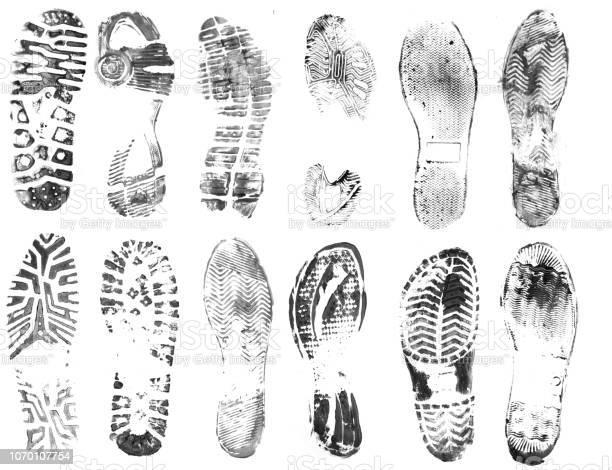 Footprints picture id1070107754?b=1&k=6&m=1070107754&s=612x612&h=hwmmnebn5tdvk6pycgxoj8b5bptclbcy9e9vbrdmm4o=
