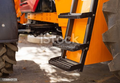 Footrest for comfortable tractor access