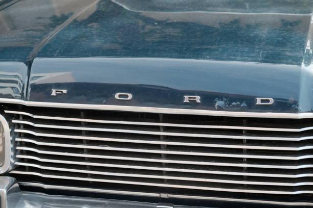 Ford sign on vintage car picture id867792484?b=1&k=6&m=867792484&s=612x612&w=0&h=etdvy5mz42rlzyrihxttenssncdetyz3glmurwtn fa=